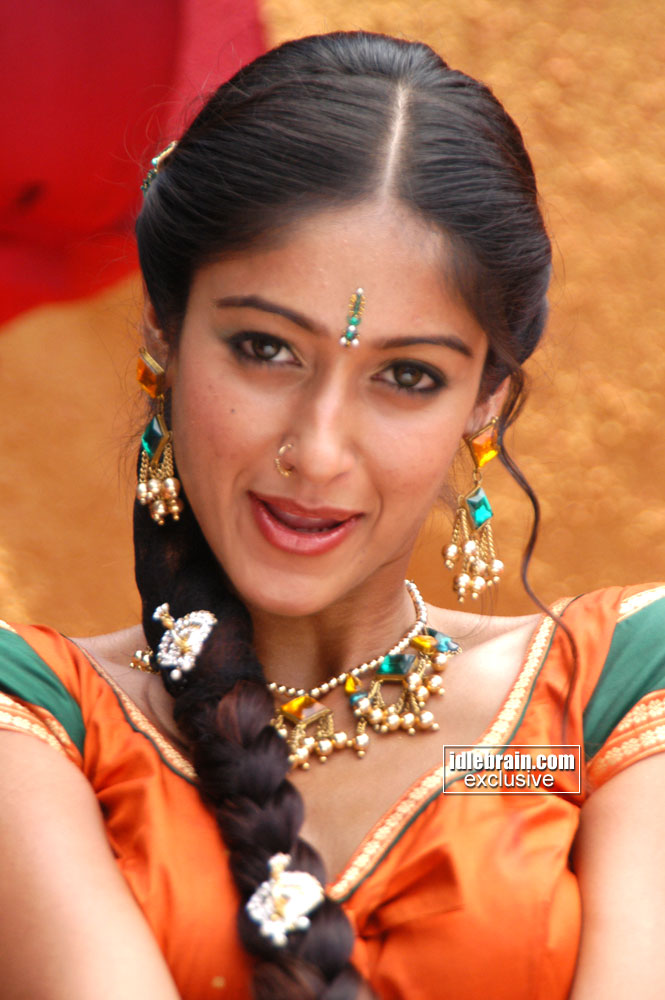 ... .com > Photo Gallery > Ileana in Munna film (Telugu cinema Actress