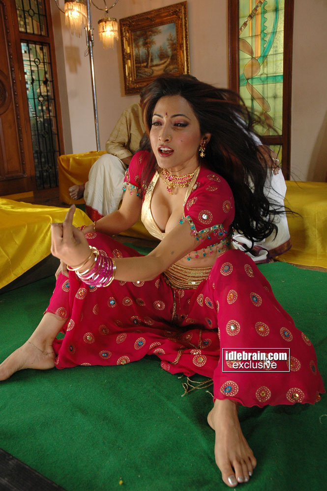 ... Full Size | More pooja bharati hot poses andhra mania | Source Link